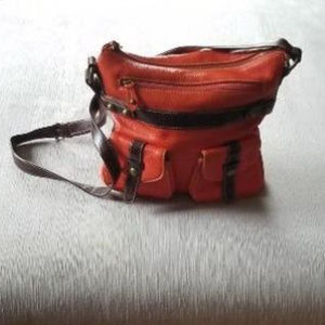Soft leather crossbody- prefect for fall.